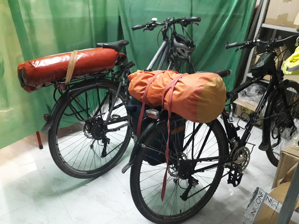 Veniamo dall'Australia e Viaggiamo con le Bici